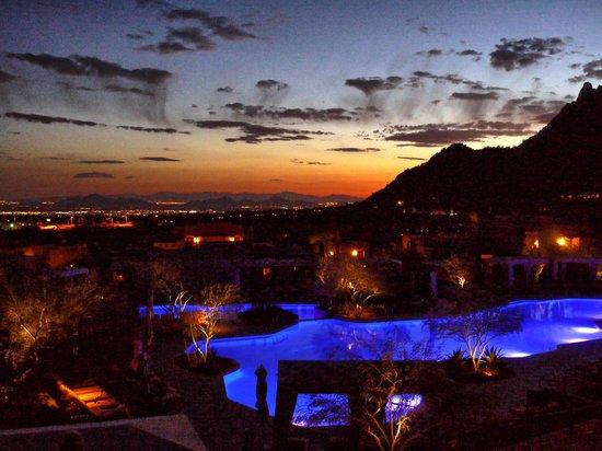 Four Seasons Resort Scottsdale at Troon North: Four Seasons Scottsdale sunset