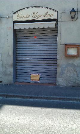 Il Conte Ugolino : foto del locale trovato chiuso dopo la prenotazione