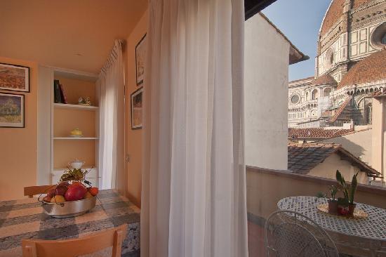 Al Duomo: livingroom view penth