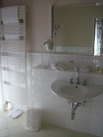 Hotel Hubertus: Badezimmer