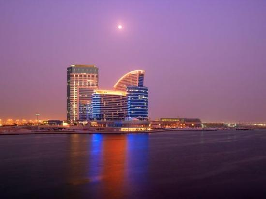 Crowne Plaza Dubai Festival City: my fav piv for the hotel