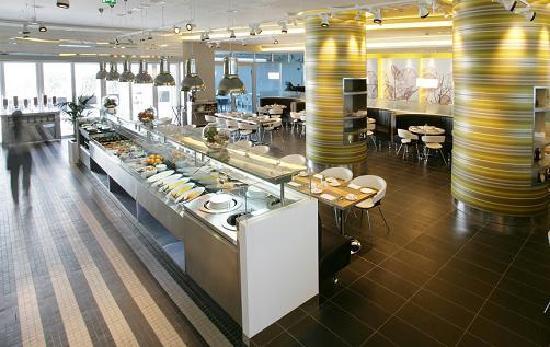 Premier Inn Abu Dhabi Capital Centre Hotel: Nuevo Restaurant.