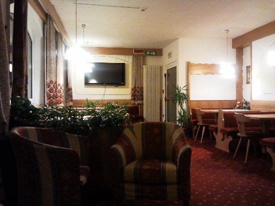 Hotel Olympia: Particolare della sala bar