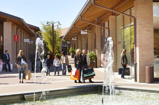 Mondovicino Outlet Village