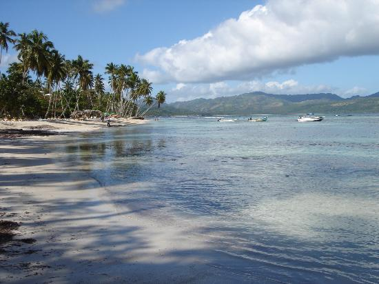 Chalet Tropical Village: Playita am Morgen