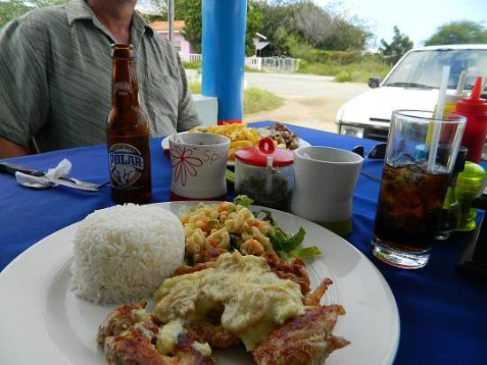 El Fogon Latino: chicken/mushroom