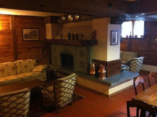 Hotel Dufour: La sala ricreativa - Camino