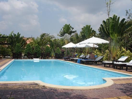 La Tradition D'Angkor Boutique Resort: The pool