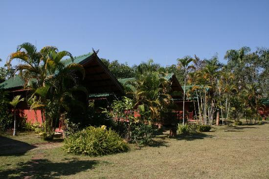 Chiangsan Goldenland Resort : Cottages