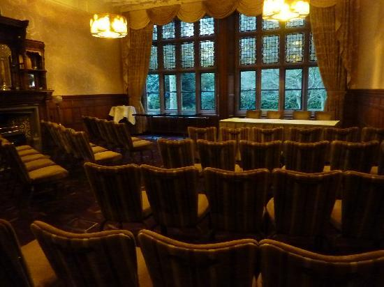 Hampton Manor: Seminar room also used for Civil Ceremonies