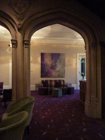 Hampton Manor: The Lobby