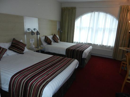 Da Vinci's Hotel Derry: nice room