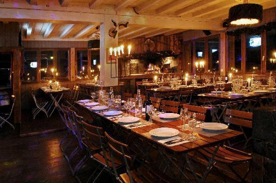 Telemark Cafe: Mise en scène intérieur