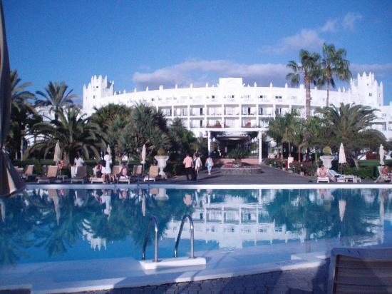 Hotel Riu Palace Meloneras Resort: Hotellet.