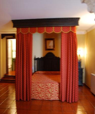 Hotel San Gabriel: Bedroom
