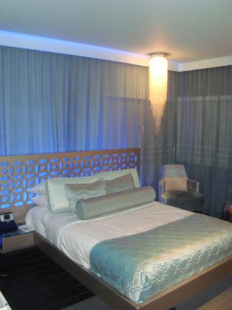 Dream South Beach: King Size bed