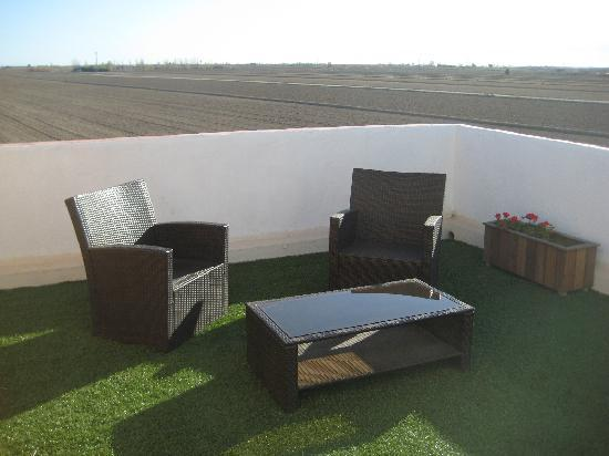 Hotel Restaurant Mas Prades: Terraza + vistas