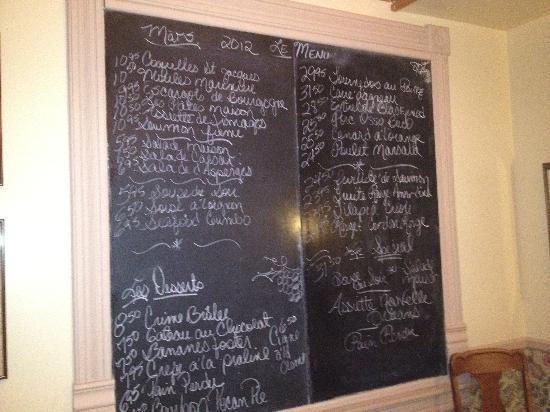 Le Petit Chablis: Chalkboard menu