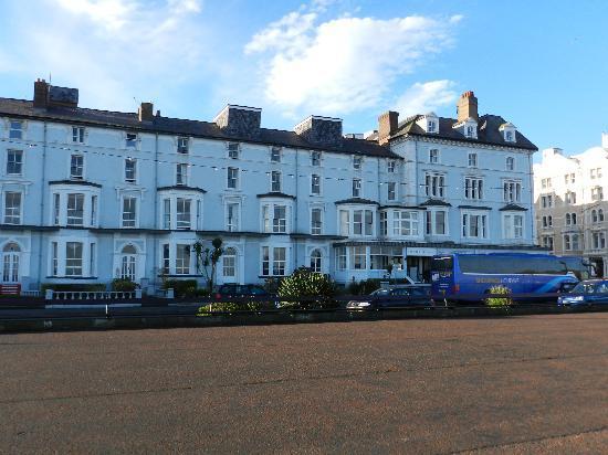 Bay Marine Hotel: Hotel very clean and warm