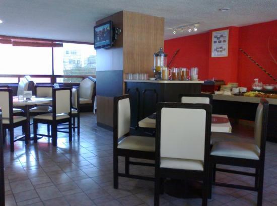 Hotel Marbella: Restaurante y buffet matutino