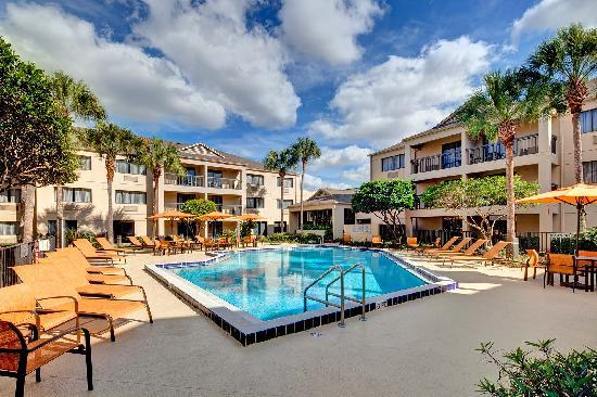 Courtyard Ocala: Outdoor pool