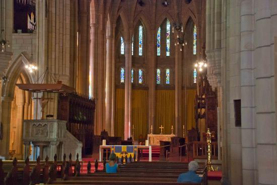 St. John's Anglican Cathedral: Beautiful altar of the cathedral