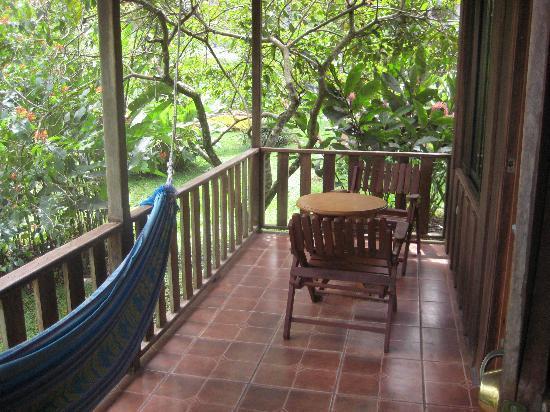 Hotel Rancho Cerro Azul: Deck