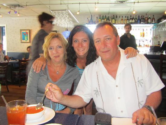Bella Blu: Lunch with our daughter before leaving the island