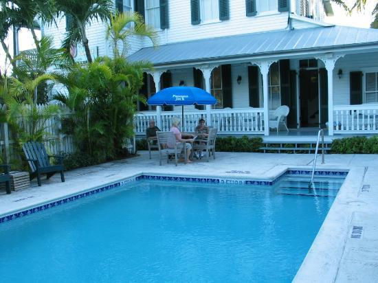 The Conch House Heritage Inn: A view of the pool