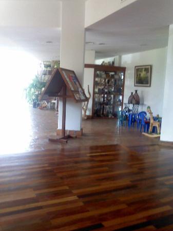 Hotel Costanera Mar: Loby