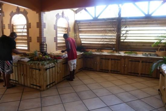 HOTEL CAP MACABOU: Buffet du dimanche midi