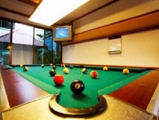 Inn Patong Beach Hotel Phuket: Pool Table