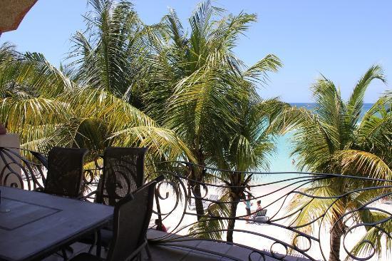 Las Sirenas Hotel & Condos: balcony