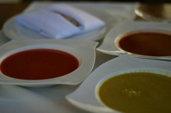 Healthy Restaurant & Wine Bar: Delicious soups.  Curry... Berry... Watermelon (hot)