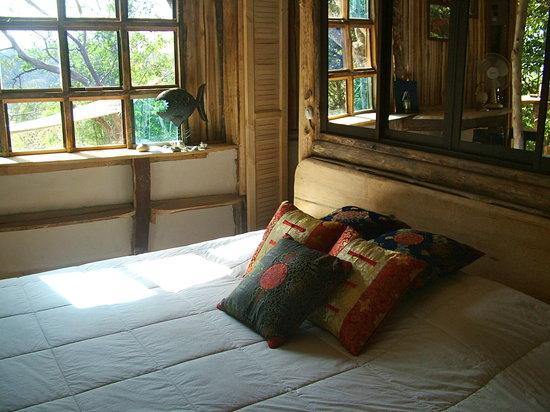 Province of Alajuela, Costa Rica: Cottage rodeado de naturaleza, baño privado, agua caliente y cama king.