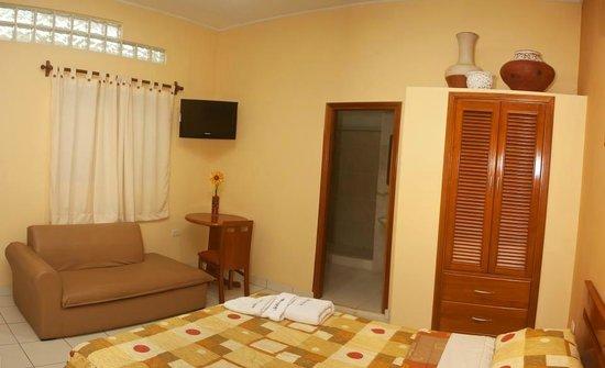 Huayruro Hostal : Linda Habitacion con todas las comodidades