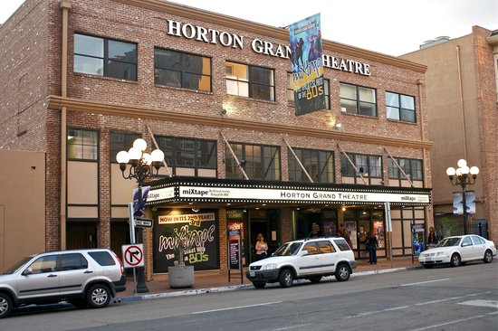 ‪Horton Grand Theatre‬