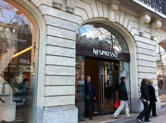 nespresso boutique paris 119 avenue des champs elysees champs elysees restaurant reviews. Black Bedroom Furniture Sets. Home Design Ideas