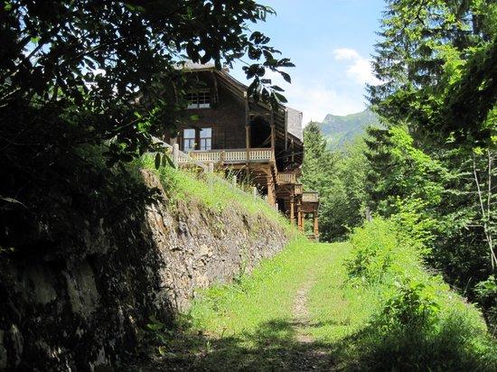Schoppernau, Austria: Weg zur Villa Maund