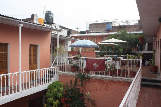 Posada Nueva España: terrasse pour le petit déjeuner