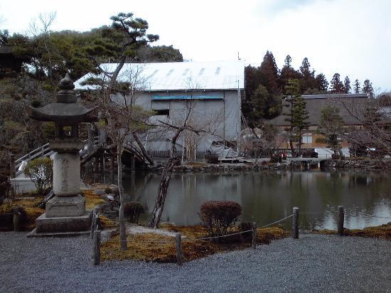 Tajimi, Japan: 境内の様子