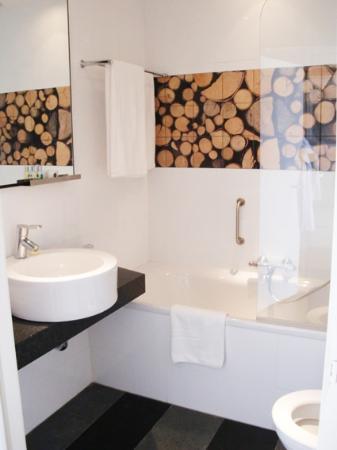 Hotel de Sterrenberg: Bathroom