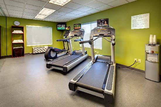 Fairfield Inn & Suites Ocala : Keep up with your workout routine in the exercise room