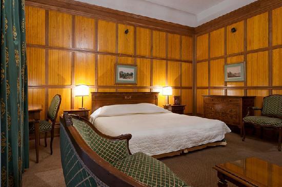 Hotel Konig Von Ungarn: Hotel König von Ungarn Room traditionell