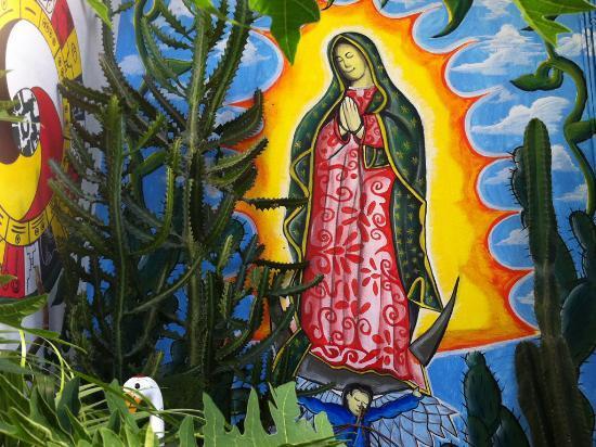 "El Jardín de Frida: Wall painting in the ""Jardin de Frida"" garden"