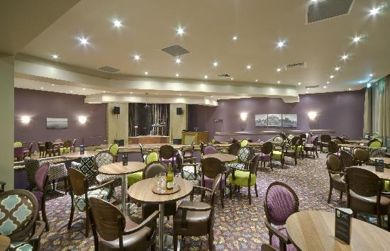 Bay Glenburn Hotel: Bar Lounge