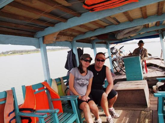 Heaven and Earth Bicycle Tours: The boat ferry which took us up river to the start of our cycle