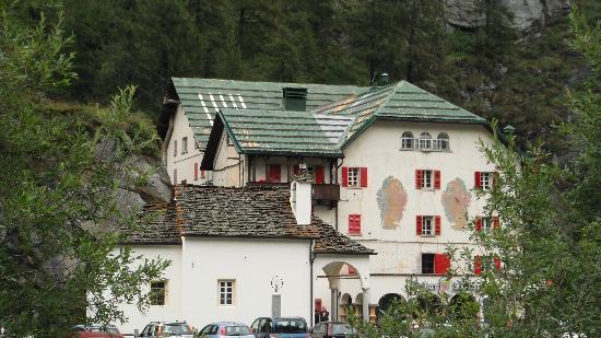 Ristorante Cascata del Toce : facciata