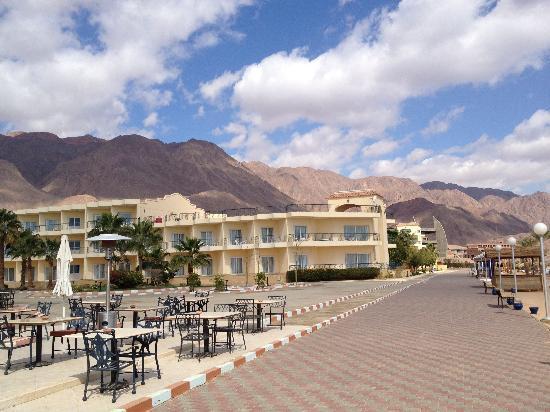 Sol Taba Red Sea: Ruines (et non vestiges...) autour de l'hôtel !