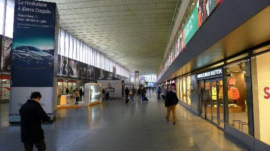 Termini station 4 picture of stazione termini rome for Affitto ufficio roma stazione termini